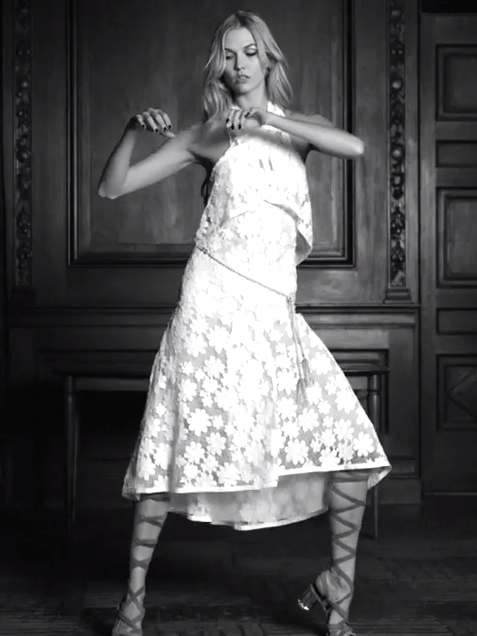 Karlie Kloss' Club Dance Moves Are Next-Level