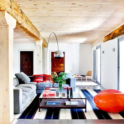 Inside a Country Cottage With a Surprisingly Modern Interior