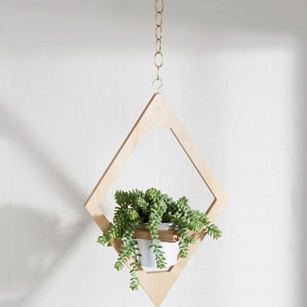 M.F.E.O. Jungalow Hanging Planter