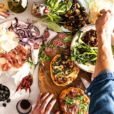 Ali Larter Helps You Throw the Tastiest Super Bowl Party Yet