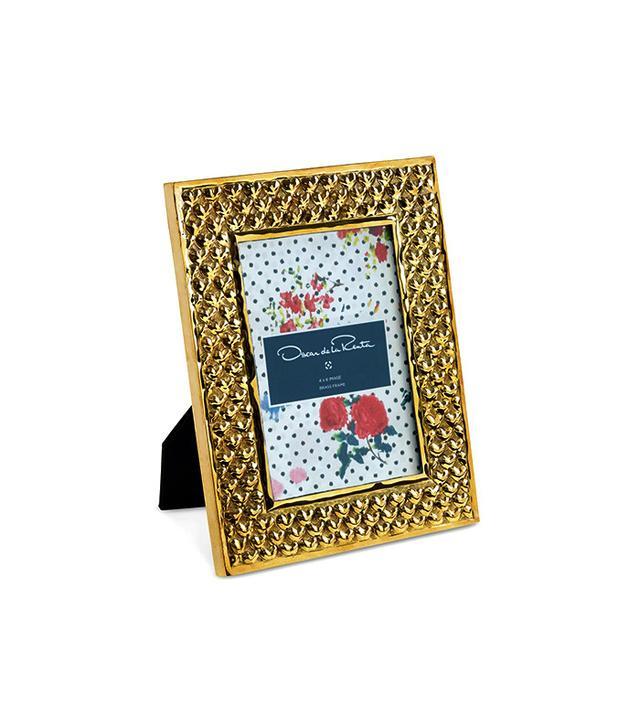 Oscar de la Renta 4 x 6 Brass Heart Frame