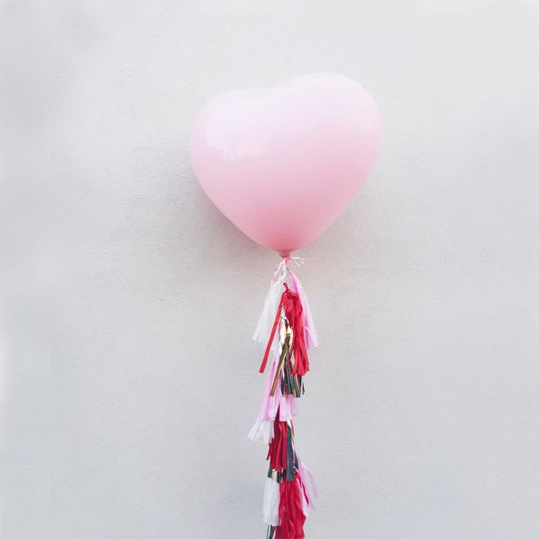 Etsy Heart Tassels Balloon