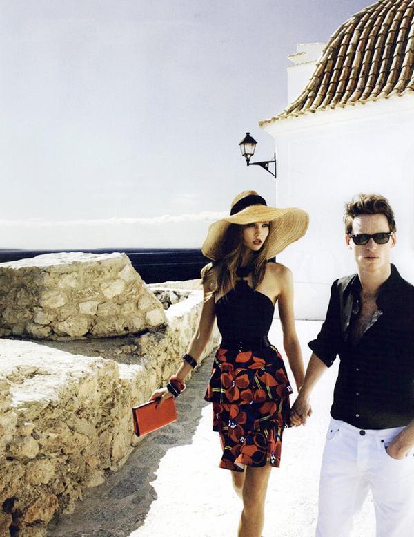 Karlie Kloss for Vogue December 2011