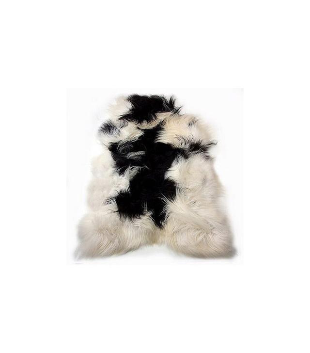 FurThrows Black and White Sheepskin Rug