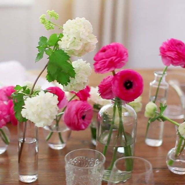 DIY: Simple and Pretty Bud Vase Arrangements