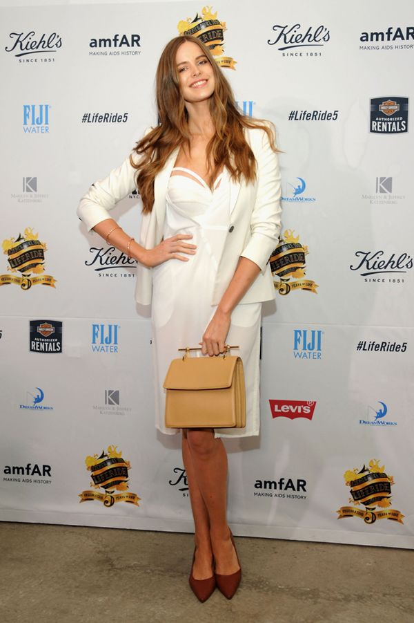 387e44beade The 8 Plus-Size Celebrities With the Best Style.   8. Robyn Lawley