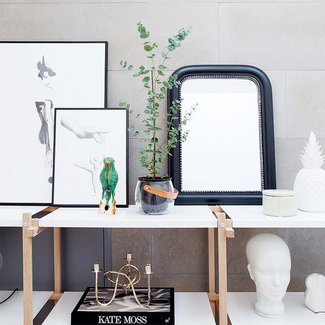Tour a Modern Apartment With the Perfect Dose of Glamour
