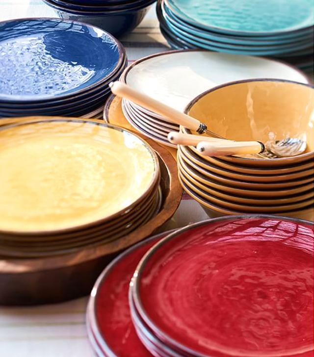 Pottery Barn Swirl Melamine Dinnerware