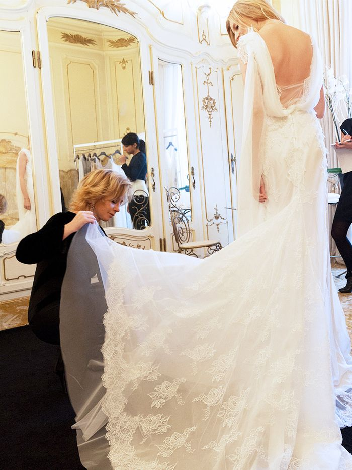 10 Things Your Wedding Dress Consultant Wishes You Knew | Who What Wear