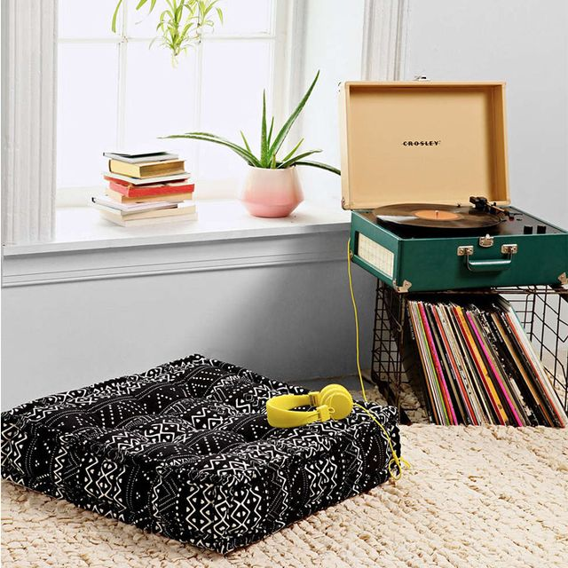 9 Comfy and Chic Floor Cushions