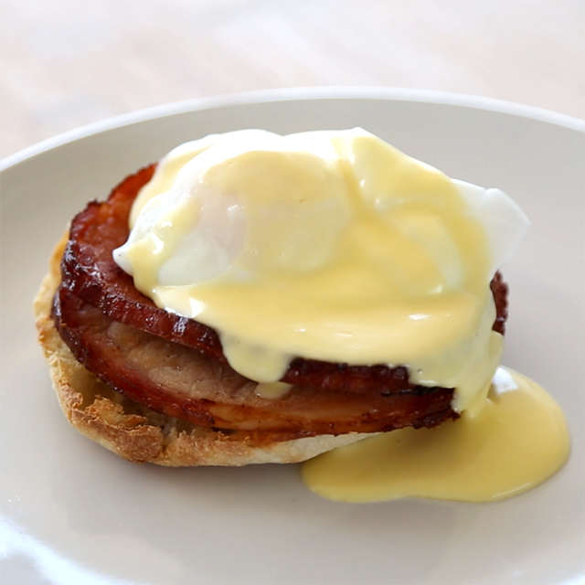 Make the Perfect Hollandaise With Only 5 Ingredients