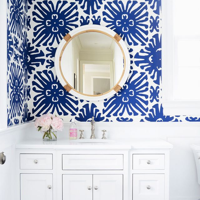 5 of the Prettiest Patterned Powder Rooms