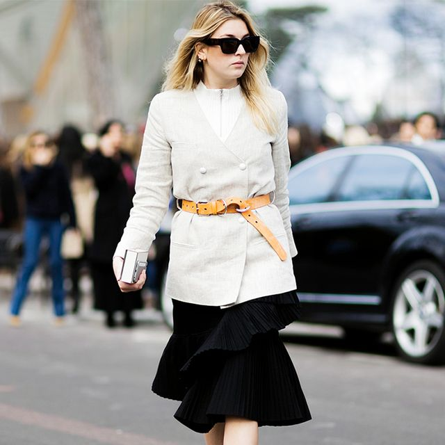 What to Wear With a Below-the-Knee Skirt