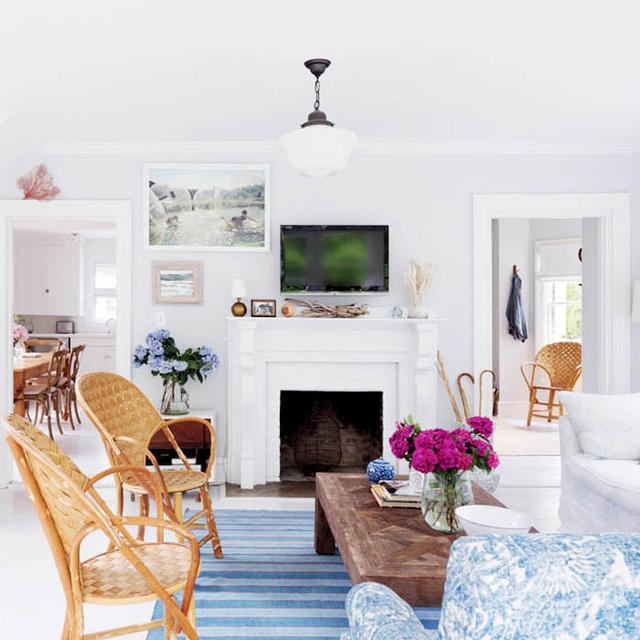 Tour Designer Rebecca Taylor's Charming Beach House