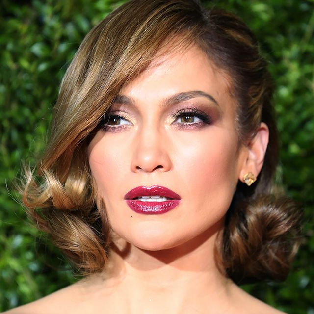J.Lo's Ode to Old Hollywood Glamour, Plus More Celeb Beauty!