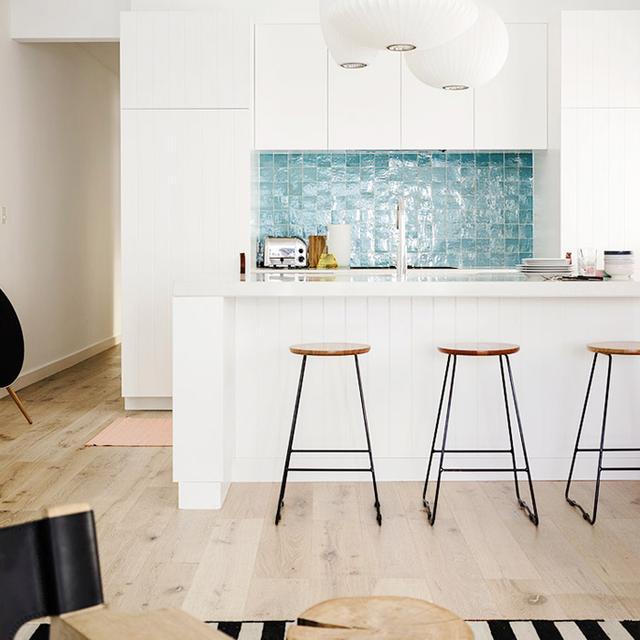 5 Refreshing White Kitchens We Love