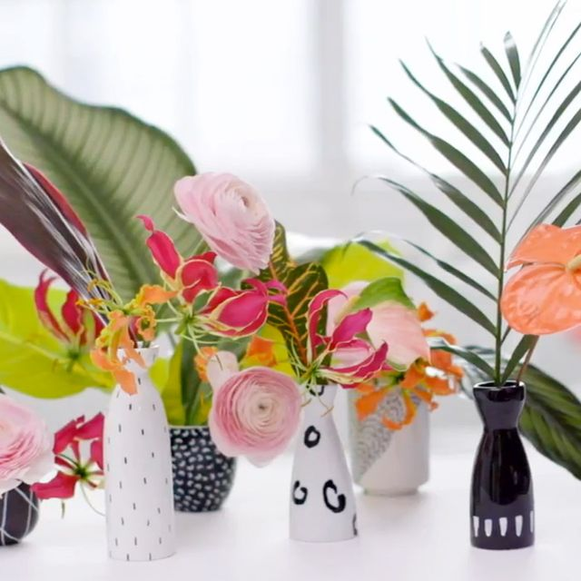 This Simple DIY Makes the Perfect Floral Centrepiece