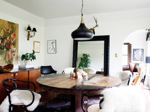 Tour the Moody Home of a Seattle Restaurateur