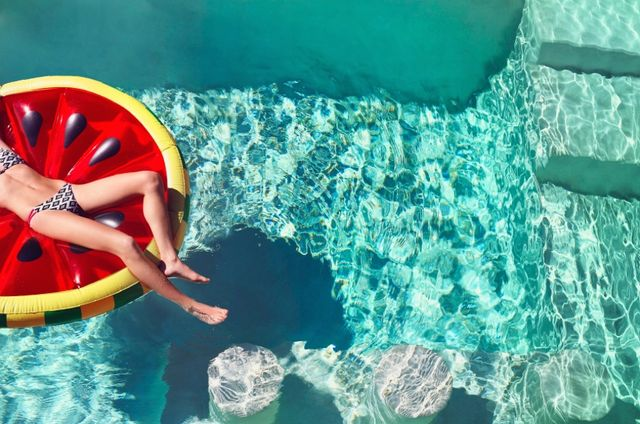 6 Rules for Hosting (and Attending!) Pool Parties