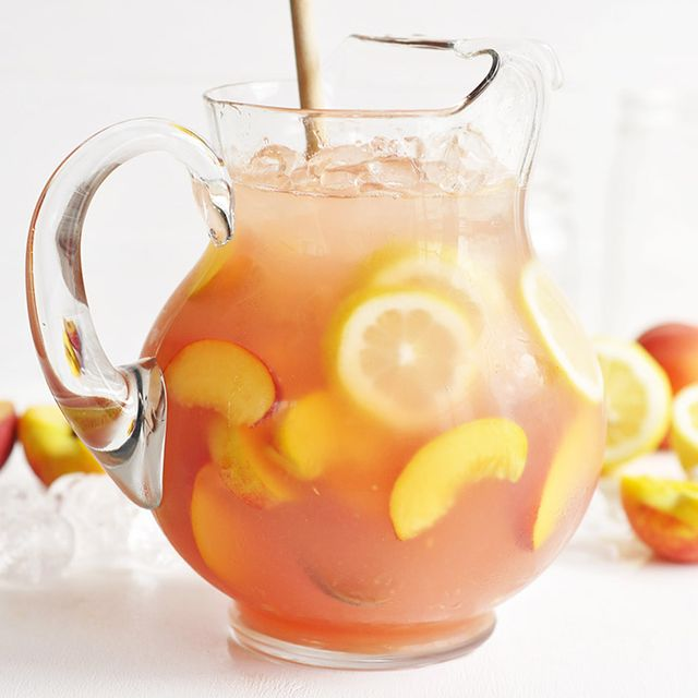 Martha Stewart's Fresh-Squeezed Lemonade