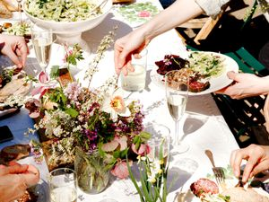 Your Guide to Hosting a Perfectly Executed Potluck