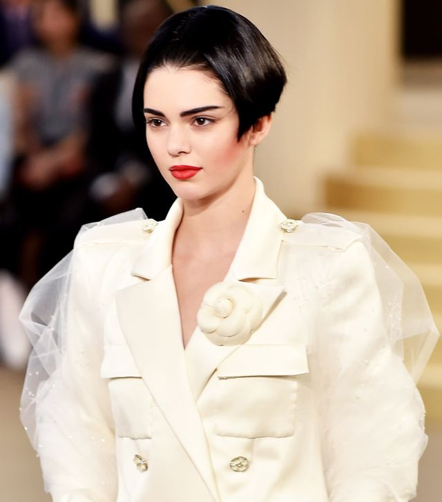 Kendall Jenner Debuts an '80s Bob at Chanel Couture