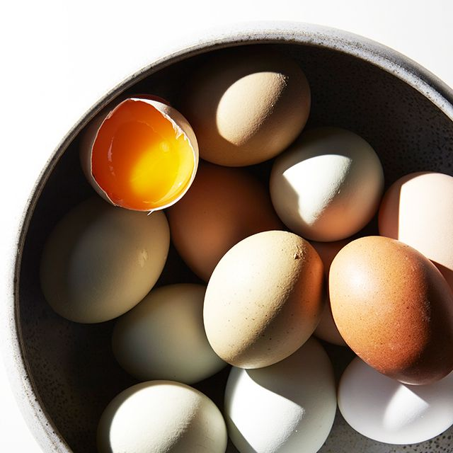 Egg Whites vs. Whole Eggs: The Scoop on What's Healthier