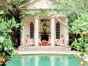 9 Drop-Dead-Gorgeous Pool Houses