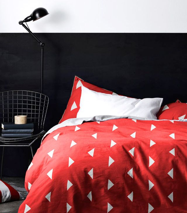 Aura Triangles Quilt Cover