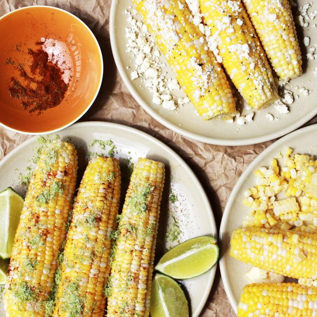 The Easiest Way to Cut Corn off the Cob