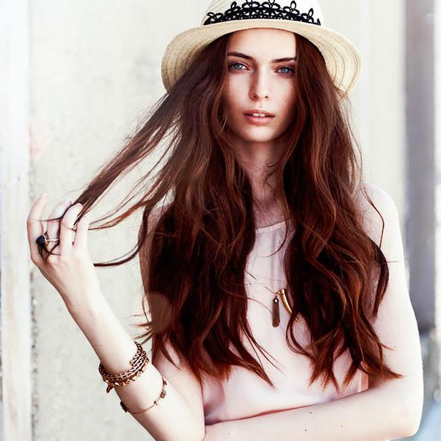 Does Dry Shampoo Cause Hair Loss? An Expert Explains.