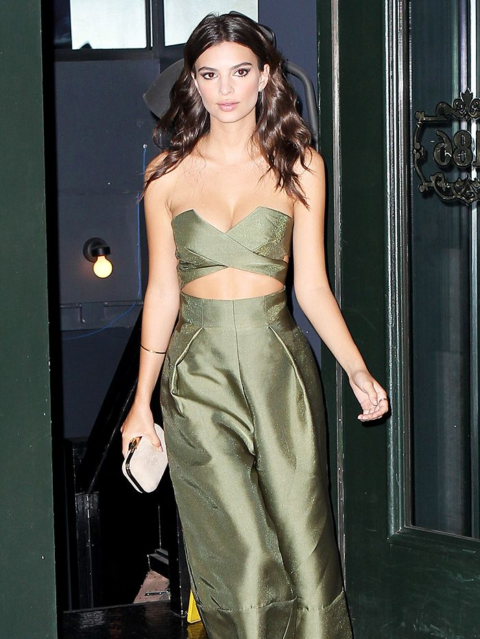 f20c06151a9b How Emily Ratajkowski Always Looks Amazing