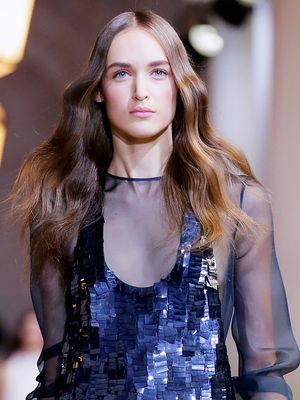 Runway How-To: The Ladylike Waves Seen at Carolina Herrera