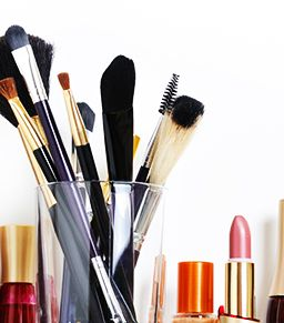 Smart and Chic Tips For Organising Your Makeup
