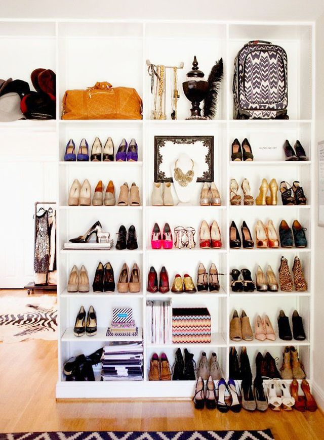 <p><strong>Living Spaces</strong><br />