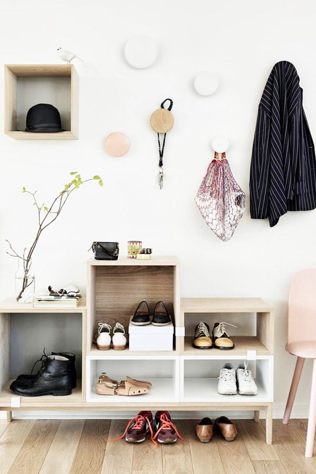 <p><strong>Everything In Its Place</strong><br />