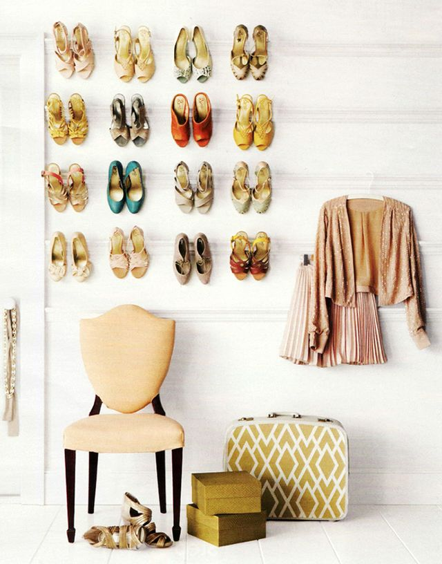 <p><strong>Up The Wall</strong><br />