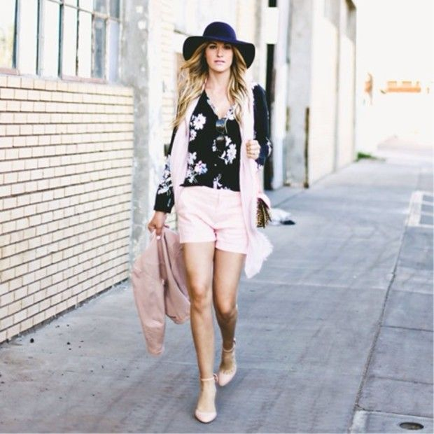 33a24366a22 Our Epic Roundup Of Street Style Outfits To Try Now