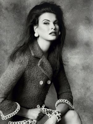 First Look: Linda Evangelista For Moschino's F/W 2014 Campaign