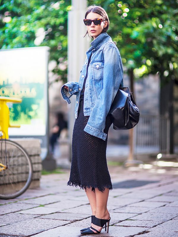 How To Wear An Oversized Denim Jacket Who What Wear Uk
