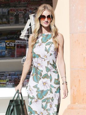5 Ways To Wear A Maxi With Rosie Huntington-Whiteley