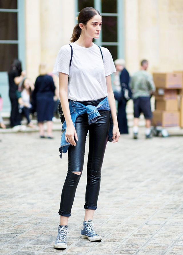304c1ef6efa535 The 5 Best White T-Shirts To Wear With Everything