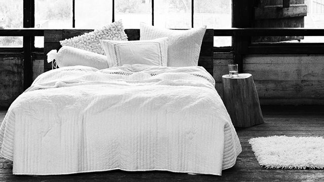 How To Dress The Bed: John Robshaw v. Barbara Barry