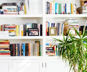 Ask Estee: Bookshelf Styling