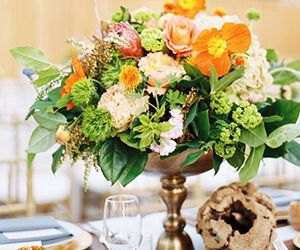 How to Arrange Spring Florals