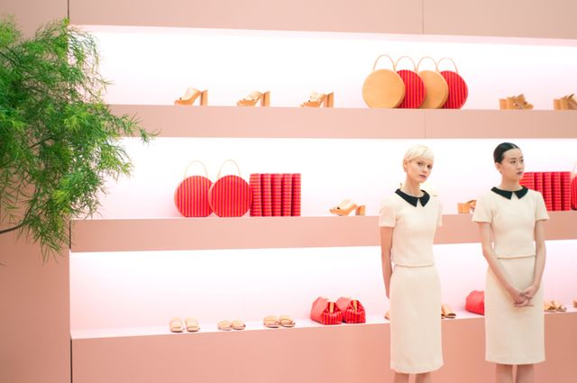 Can't wait until next spring to shop? You can preorder a few of Mansur Gavriel'sfall pieces here!