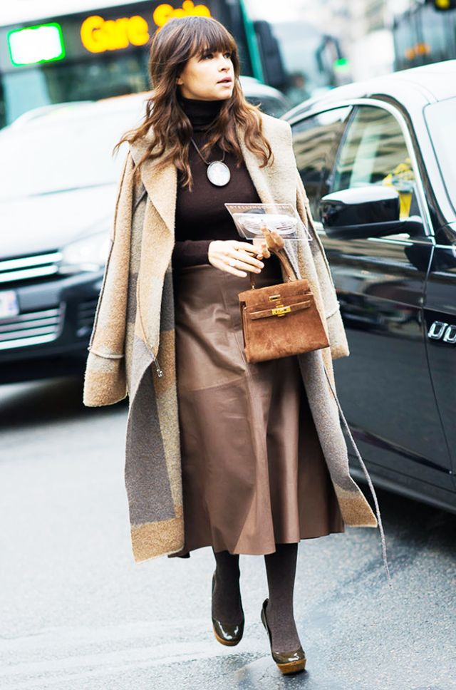 We must get our hands on this cozy coat!