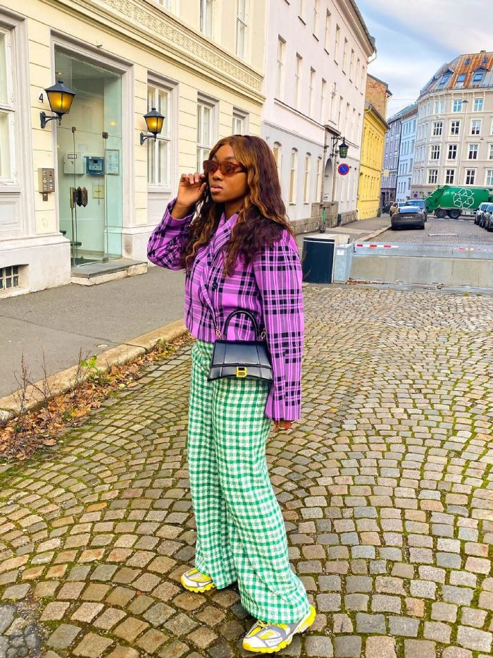 how to wear gingham: nnenna echem wearing gingham trousers