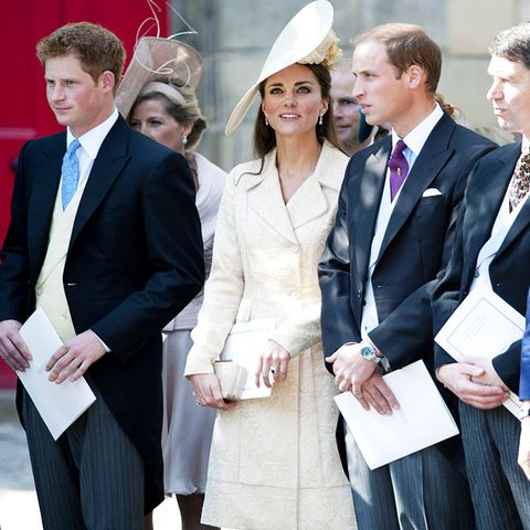 celebrity wedding guest outfits: the duchess of cambridge