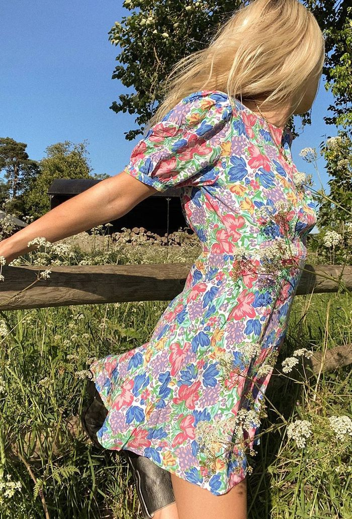 Summer outfit ideas: floral dress